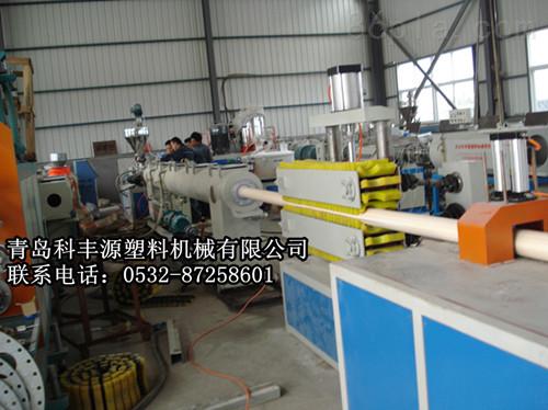 PVC给 排水管材生产线